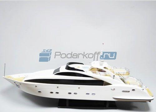 """Модель катера """"Sunglider"""" - 1"""